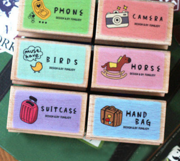 1Pcs New Travel Scener Wooden Stamps Cute DIY Rubber Stamp Creative Korea Seal Stamps H0556