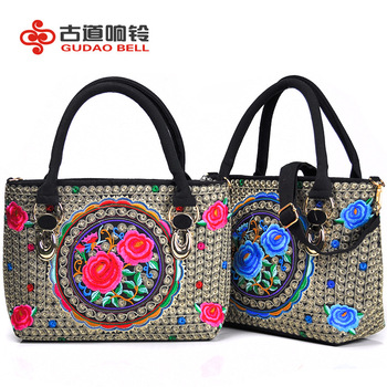 Random color and design national wind embroidered bags Canvas handbag Chinese embroidery bag factory spot