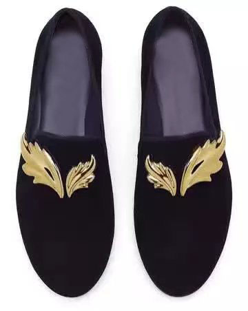 2017 New Summer Handcraft Men Black Velvet Slipper With Gold Leaves Metal Fit Wedding And Prom Men Loafers Fashion Men'S Flats