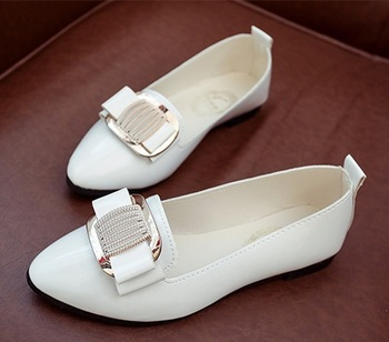 Women casual pointed toe flat shoes lady cool spring pu leather crystal flats female cool white office shoes sapatos femininos